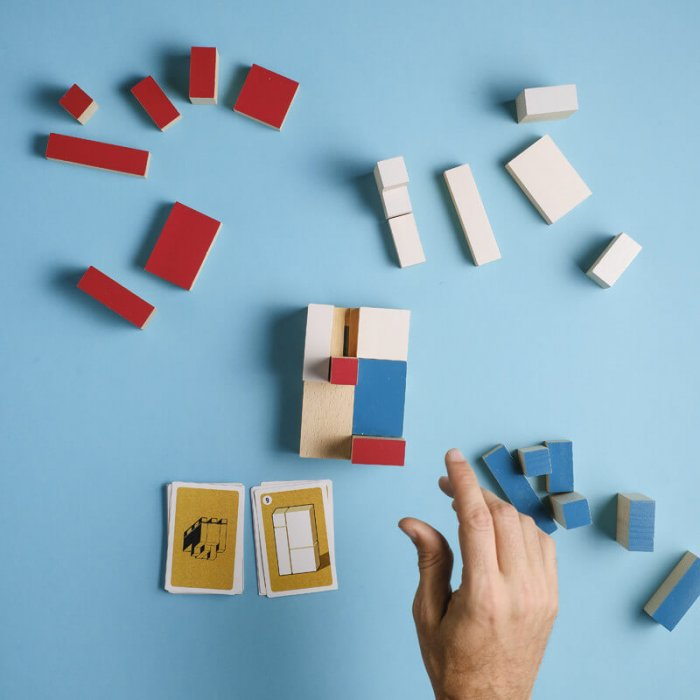 teamup_jeu_coope_ratif_construction_empiler_cartons_palette_milieu_partie_1
